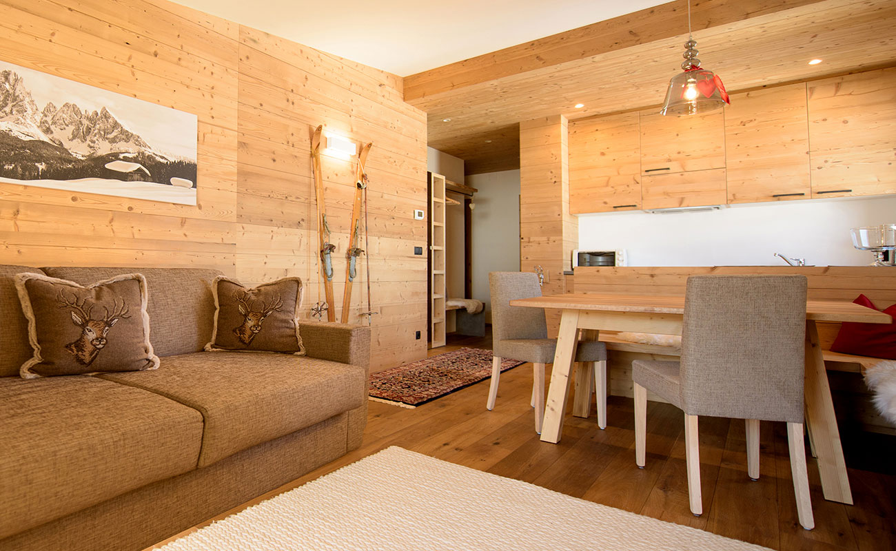 Fine and elegant chalets for your summer and winter holidays in ...